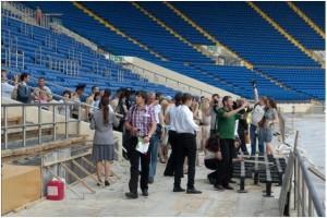 """Экскурсия по стадиону """"Металлист"""" для представителей немецкой делегации и СМИ"""